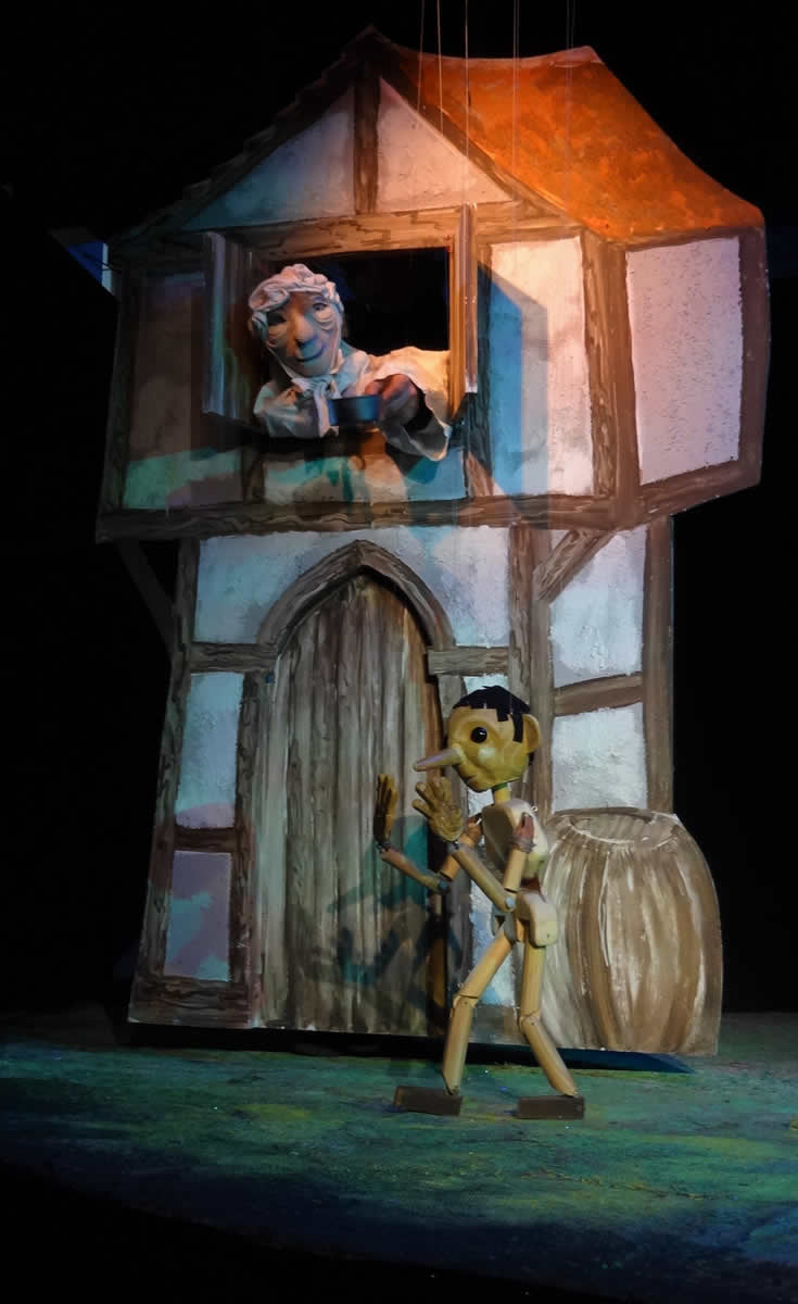 Pinocchio runs away